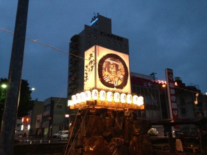 JR都城駅前大灯籠